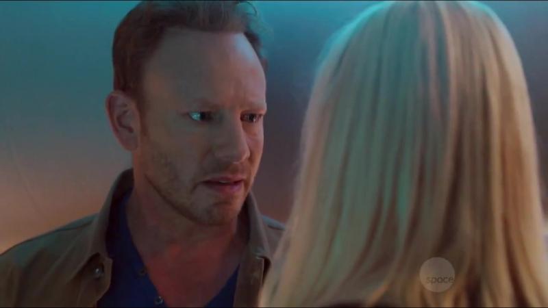 Sharknado 4 - The 4th Awakens - PWNews (720 HD)