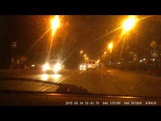 Авария с пешеходом в Астрахани  группа: http://vk.com/avtooko сайт: http://avtoregik.ru Предупрежден значит вооружен: Дтп, авари