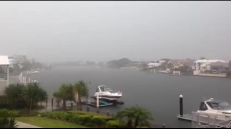 Молния в Kawana Island, Австралия, 30 января 2015 г.