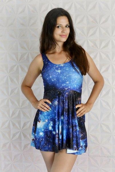 Легкое платье с космическим принтом) И хотелось, и кололось...боялась что