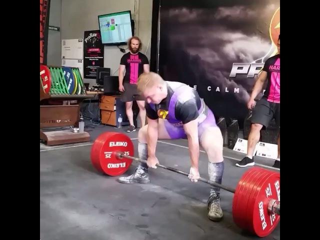 """I Love Powerlifting on Instagram: """"Matt Stenzel тянет без экипировки 325 кг, собственный вес 95 кг С суммой 855 кг Matt занимает первое место в весовой до 100 кг на турнире…"""""""
