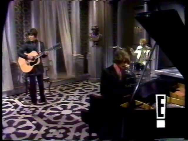 The Bee Gees - Words ( Original Footage 4Th February 1968 Smothers Brothers Comedy Hour )