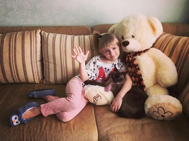 Yasya Degtyareva   -wKZzlq0Jmo