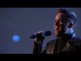 Певец покорил публику кавером на Radiohead - Creep