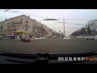 ДТП Челябинск 05 02 2013 запись регистратора