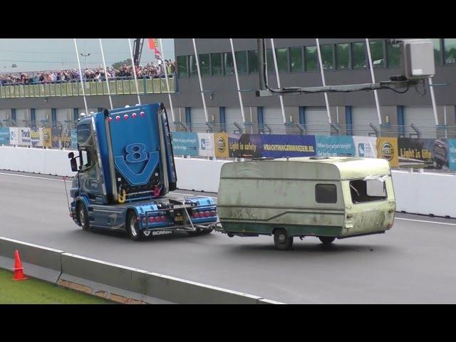 Caravan demolition derby Truckstar festival Assen 2016