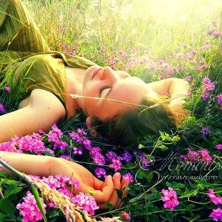 Жрица любви цветок на ветру повышение сексуальной привлекательности