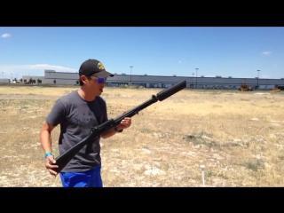 Как звучит оружие с глушителем в реальной жизни (6 sec)
