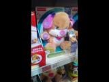 Игрушка в детском магазине))