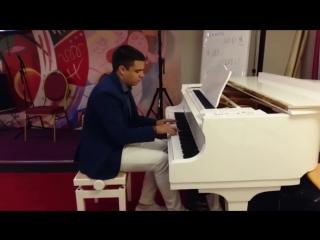 Evgeniy Zubkovskiy - Pandora's Box