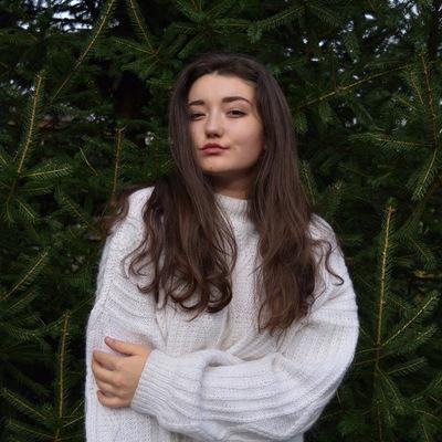 Анна Кузьміна
