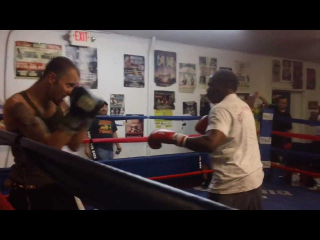 Floyd Mayweather Sr Sucker Punched While Sparring with Charlie Zelenoff