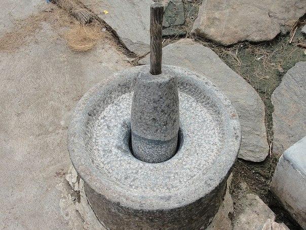 загадочные изделия из камня