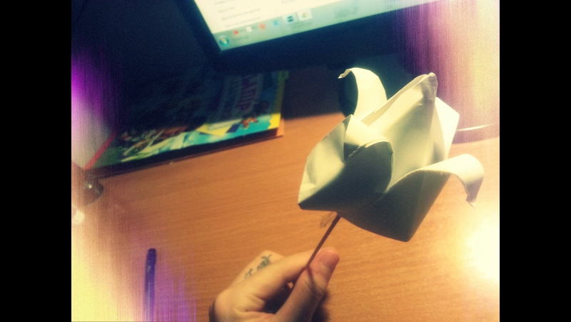 Как сделать тюльпан из бумаги своими руками! Искусство Оригами. Урок очень просто