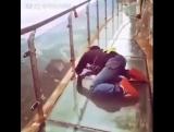 Стеклянный мост горы Тяньмень в Китае