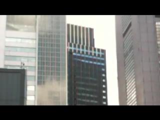 небоскребы шатаются от порыва ветра