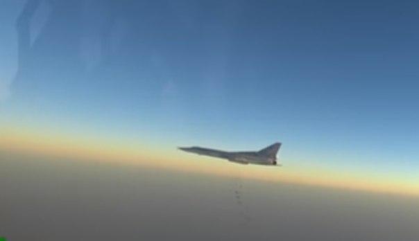 Бомбардировщики Ту-22М3 ВКС РФ нанесли удар по ИГ в районе Пальмиры (видео)