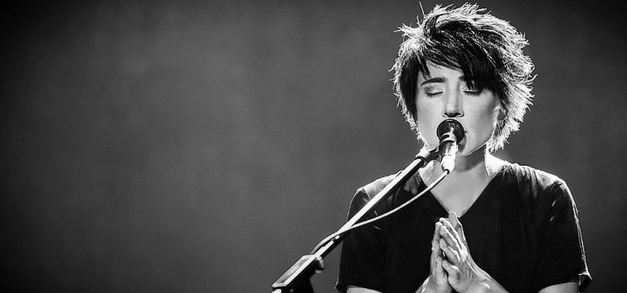 Певица Земфира выступила в столице уральского рока в рамках нового концертного тура