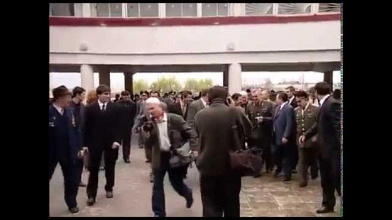 Ингушетия.Президент Ингушетии Мурат Зязиков рядом со своим народом.