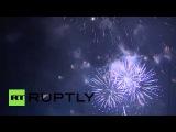 Россия: Симферополь празднует Крым знаменитости годовщина воссоединения с фейерверком.