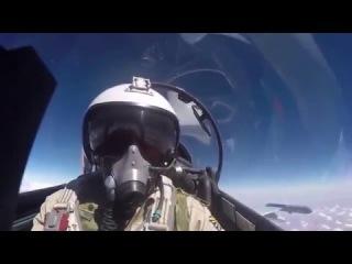 Сирия. Хроника войны Барды слагают песни о военных летчиках базы Хмеймим поет Николай Анисимов