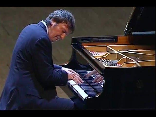 Boris Berezovsky plays Liszt 12 Transcendental Etudes - video 2009