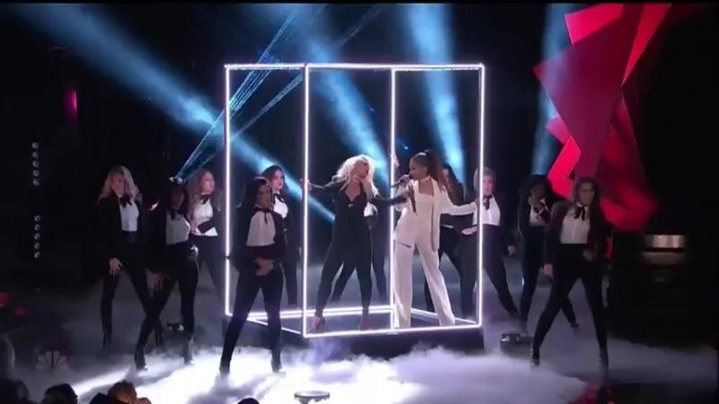 Ariana Grande - Into You/Dangerous Woman ft Christina Aguilera (Live The Voice Finale)
