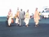 Встреча Шрилы Прабхупады в аэропорту на Маврикии. Приветствие. Шрила Прабхупада- О миссии человеческой жизни.