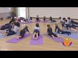 Занятия йогой для детей в австралийских начальных школах