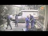 Видео падения зампрокурора с 12 этажа высотки в Москве (18+)