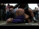 Голая шкура ползает по улице. BDSM Humiliation In Public