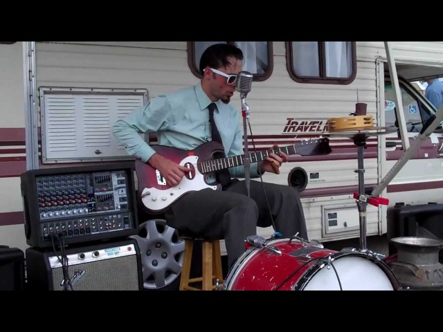 Crankshaft the one man band plays Terraplane Blues by Robert Johnson