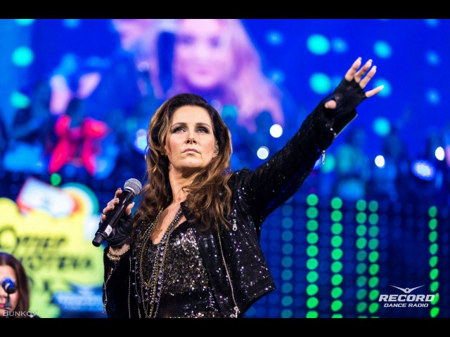Jenny Berggren (Ace of Base) - Супердискотека 90-х, St.Petersburg 24.11.2015 (Live HD 1080)