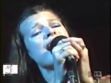 Мілла Йовович - Ой у гаю при Дунаю, соловей співає