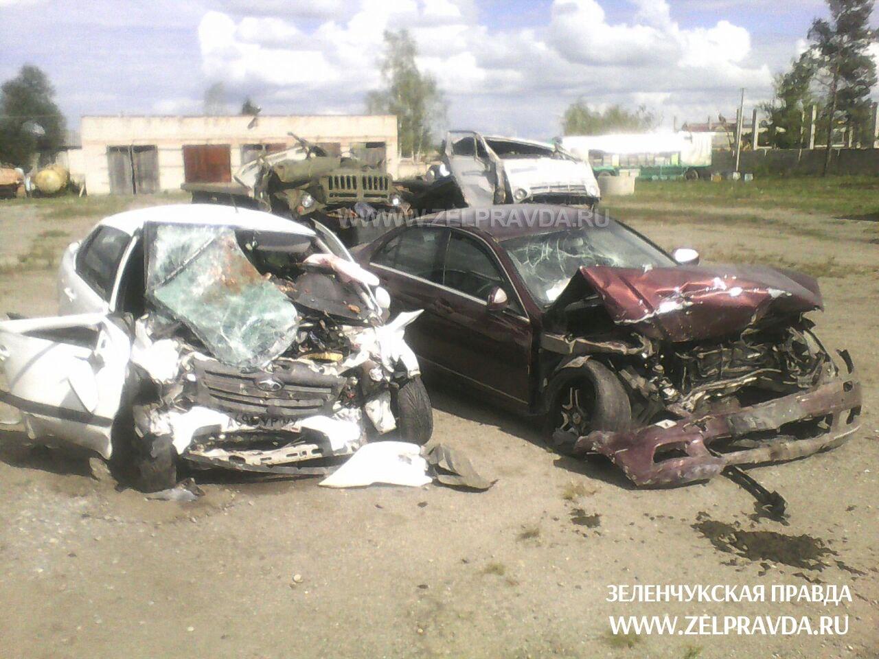 В Зеленчукском районе погибли жители станицы Преградной