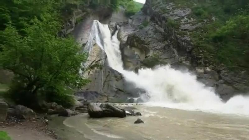 Водопад в Табасаранском районе, респ. Дагестан.