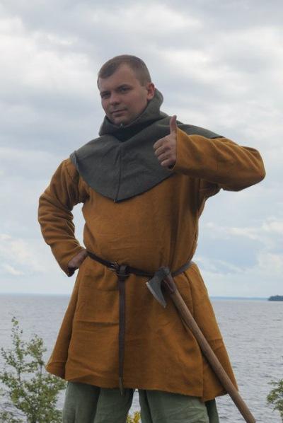 Антон Купров