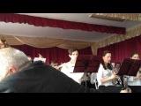 Духовий оркестр Козятинськоі музичної школи. Керівник Терновий В. І. Солістка -Коломієць Олена