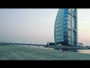 Jumeirah Beach hotel, close to Burj Al Arab, Dubai, OAE.