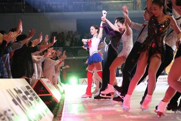 Ледовые шоу-4 - Страница 2 9uutZy22X40