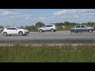 Volkswagen Scirocco vs BMW