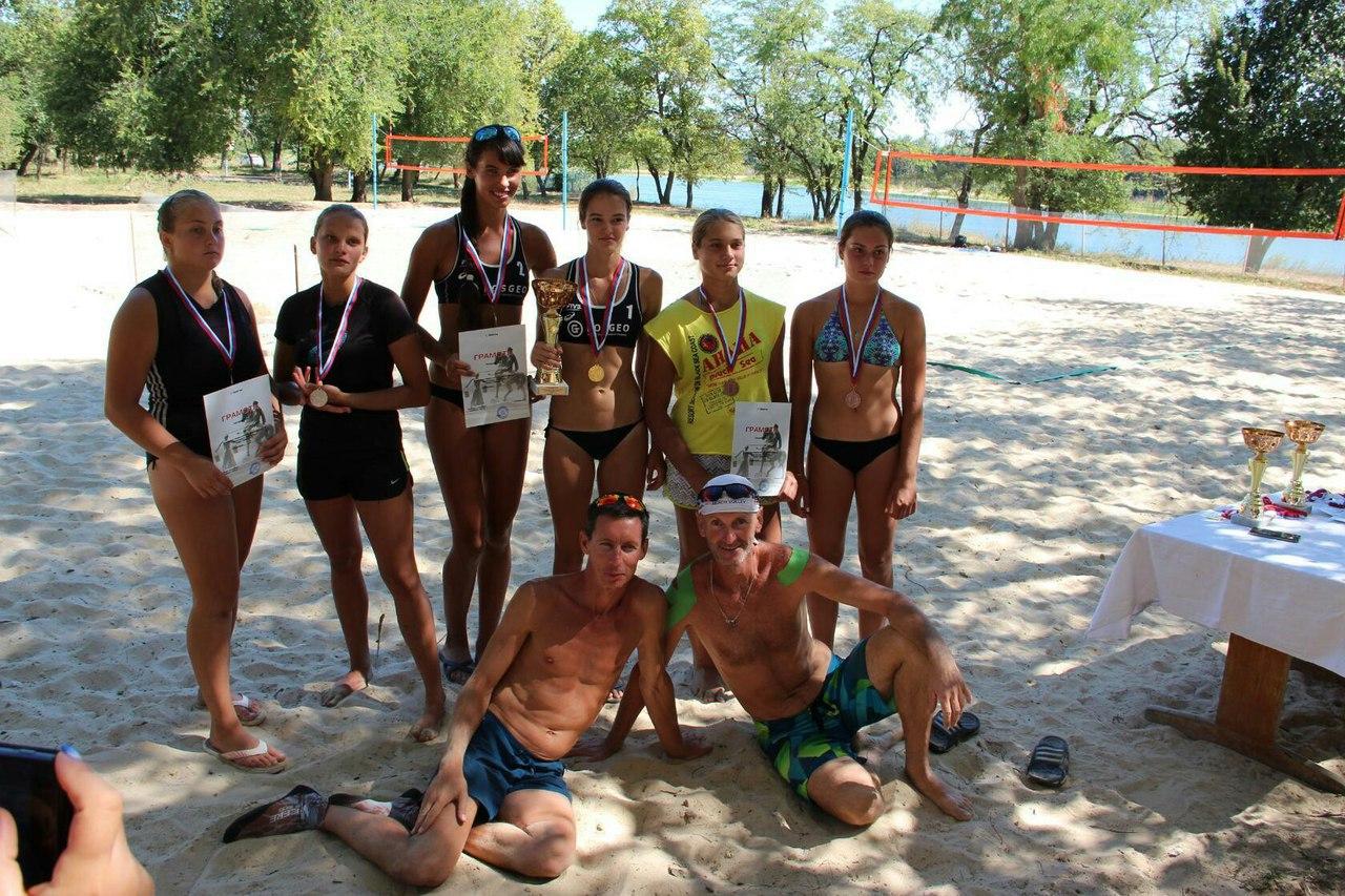 Этот пляжный сезон был богат на победы наших таганрогских спортсменок