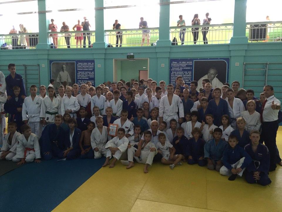 В Таганроге прошел Открытый турнир Ростовской области по дзюдо среди юношей и девушек