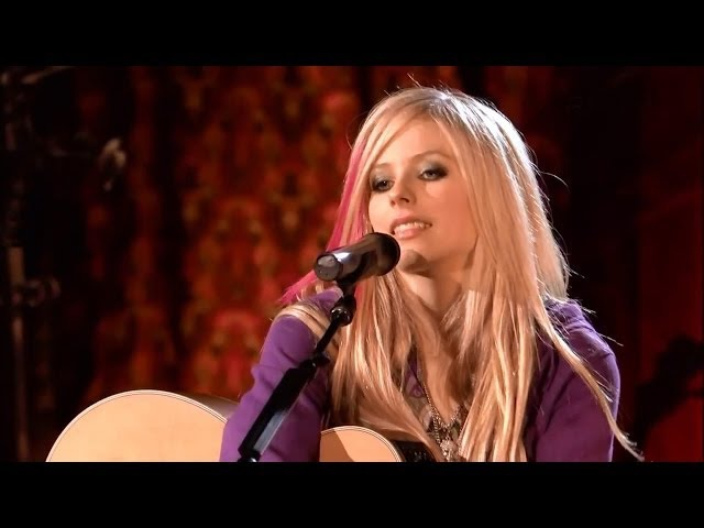 Avril Lavigne ☆ Nobody's Home ☆ Acoustic live
