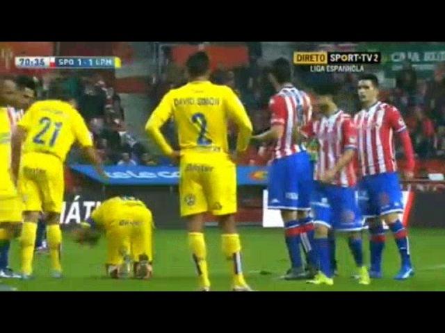 Las Palmas red card
