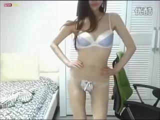 Кореянка перед вебкой - Korean beauty dancing show body sexy