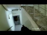 Как поклонники разных игр спускаются по лестнице