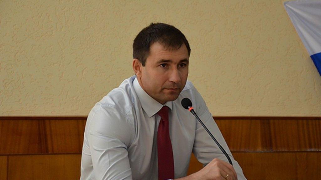 Суд заключил под стражу задержанного главу Черноморского района