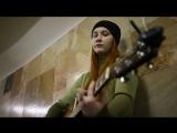 Алёна Титова исполняет песню