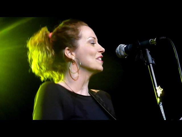 Anneke Van Giersbergen - Hey okay - LIVE PARIS 2012